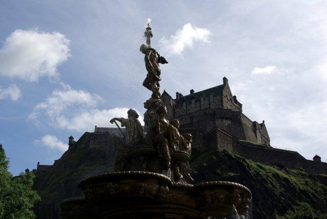 A Castle & A Statue